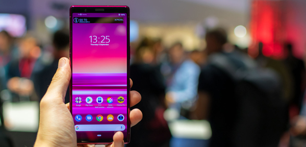 Transfer and play iTunes movies/music on Xperia 5